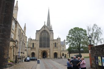 Trips and Experiences -Norwich Cathedral Melanie Gabbi